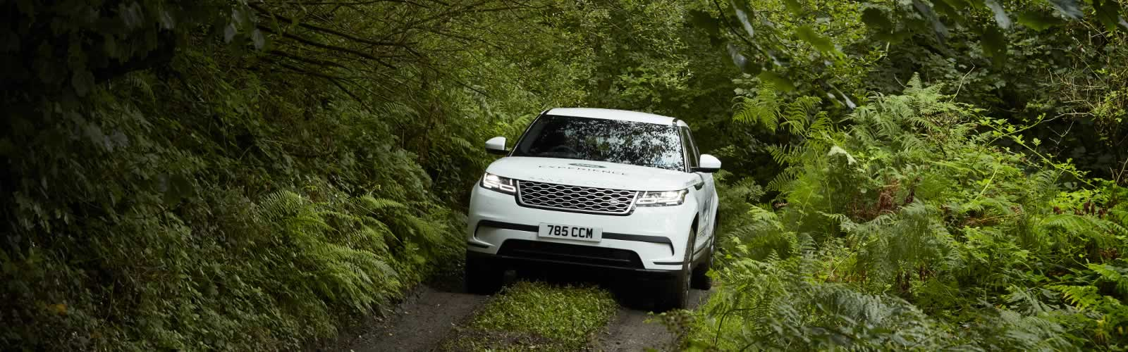 5-STAR ACTIVITY CENTRE, LAND ROVER EXPERIENCE WEST COUNTRY IS LOCATED AT HONITON.<br><br>